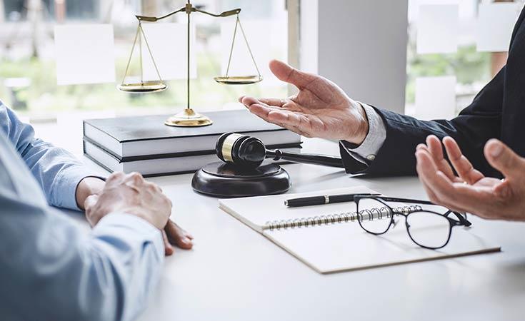 abogado de seguros